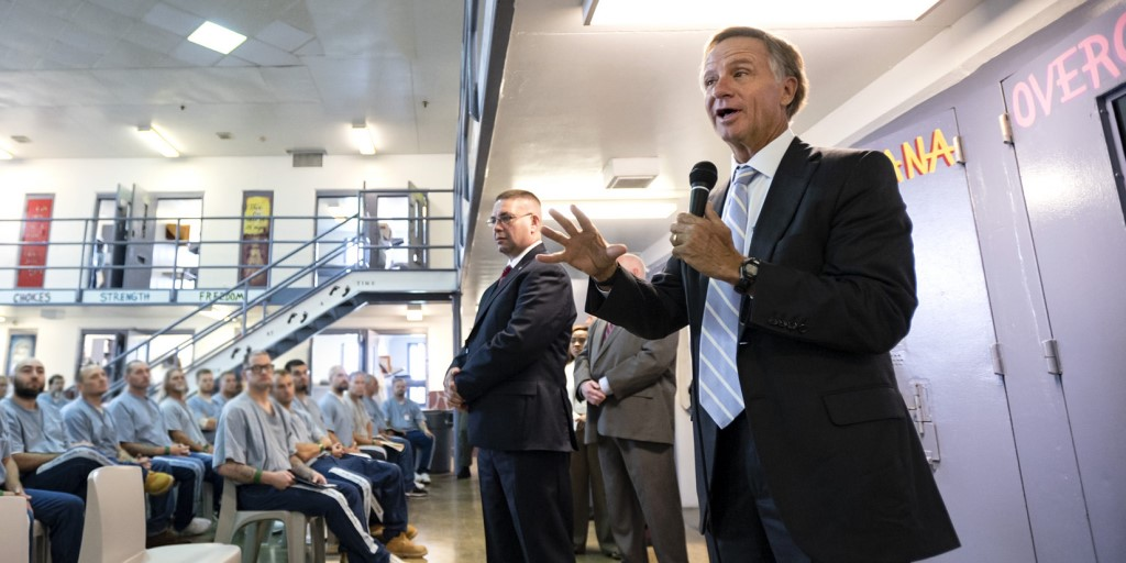 Haslam and Parker at a TN state prison