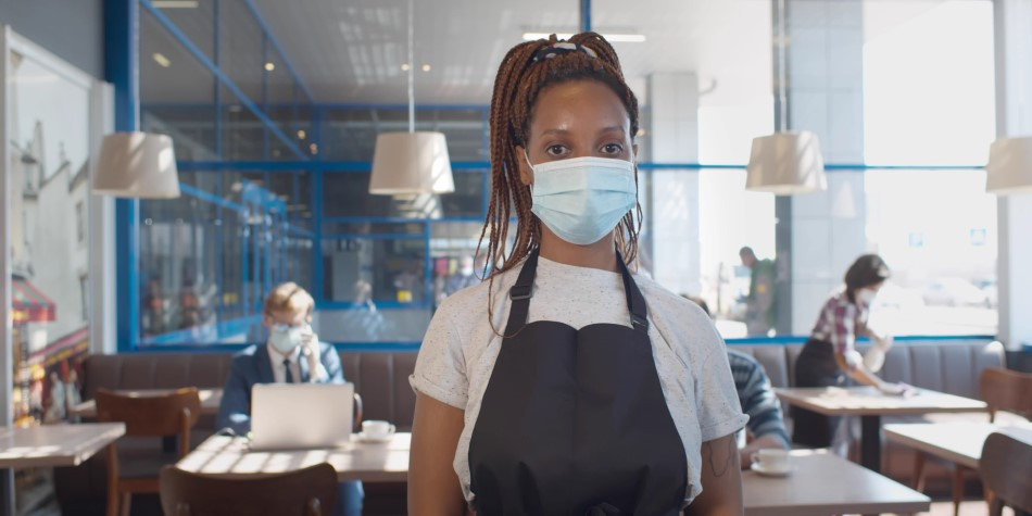 Restaurant worker wearing mask